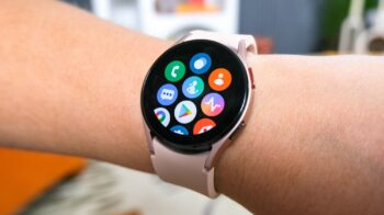 Galaxy Watch4 ganha detecção de quedas, controle de gestos e novos mostradores