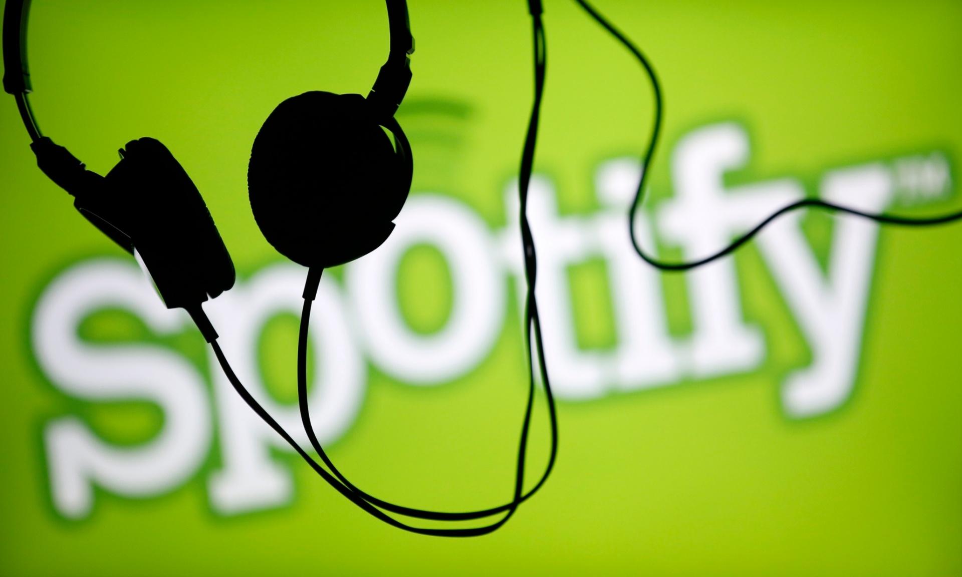 Spotify e Facebook criam um miniplayer para ouvir músicas e podcasts