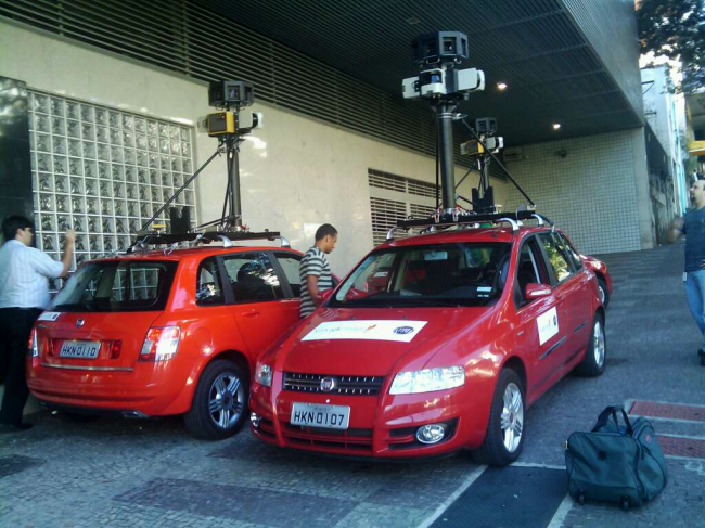 streetview stilo bh3 BH: Carros do Street View em frente ao Google Brasil